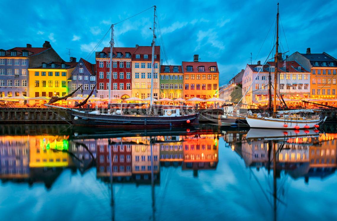 На каком языке говорят в Дании