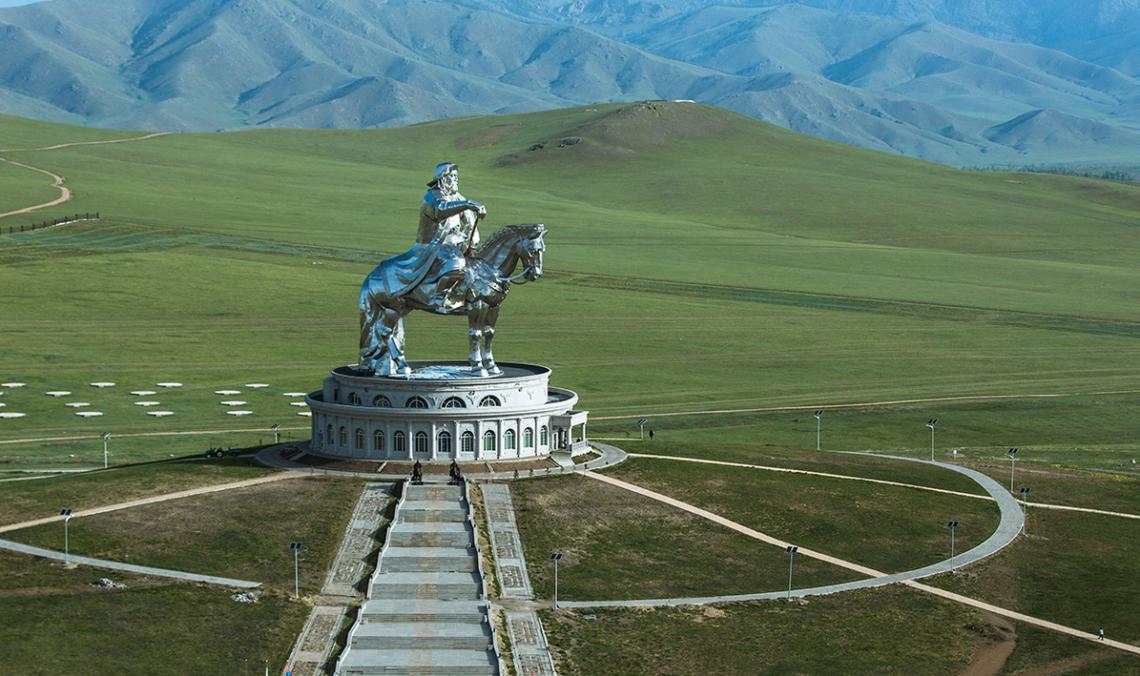 На каком языке говорят в Монголии