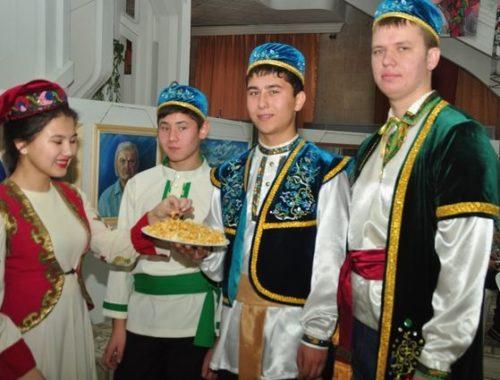 На каком языке говорят татары